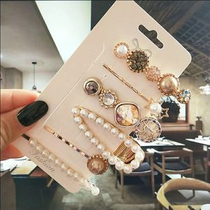 6pcs/ set pearl crystal hairpin clips for Sale in San Diego, CA