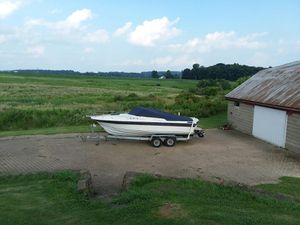 1986 ALS 24' boat and galvanized tandem trailer. for Sale in Wooster, OH