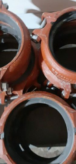 """Victolic Couplings 6"""" & 4"""" for Sale in Waco,  TX"""