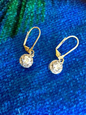 Beautiful Crystal earrings from Macy's / Dangle high shine & sophisticate 💜💛💜 for Sale in Annandale, VA