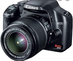 Canon Rebel XSi Digital camera with bag and a 50/30 lense $100 obo for Sale in Laguna Beach, CA