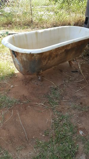 Old steel tub cast iron feet and old fridge for Sale in Winters, TX