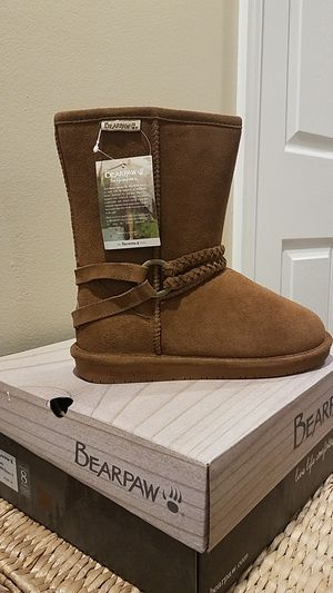Size 8 BearPaw Boots for Sale in Sterling, VA