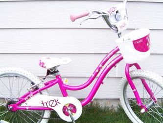 "Like New 20"" Girls Bike Trek Mystic for Sale in Everett,  WA"