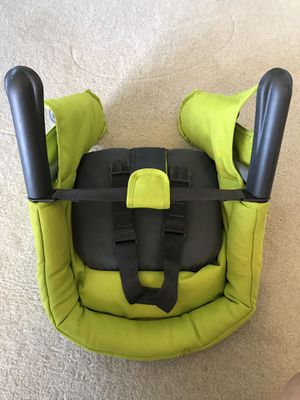 High chair for Sale in Lake Stevens, WA