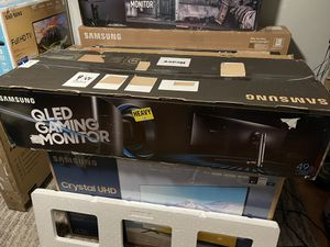 """49"""" Samsung QLED Curved Gaming Monitor for Sale in Brooklyn, NY"""