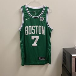 Mens Nike Jaylen Brown Celtics jersey for Sale in Providence,  RI