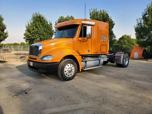 2009 freightliner columbia for Sale in Strathmore, CA
