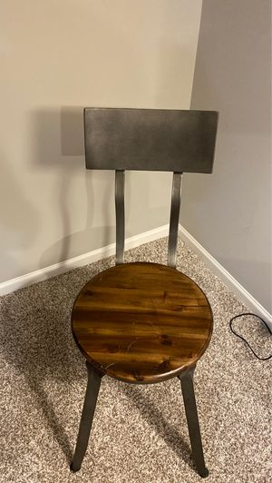 Small office chair for Sale in Oak Park, IL