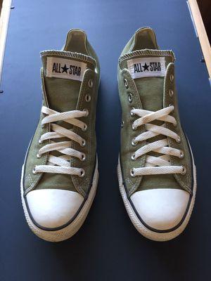Converse Unworn Pair Men Size 10 for Sale in Orlando, FL