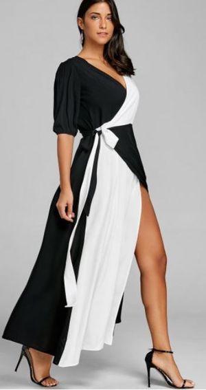 Black and white maxi dress for Sale in Taunton, MA