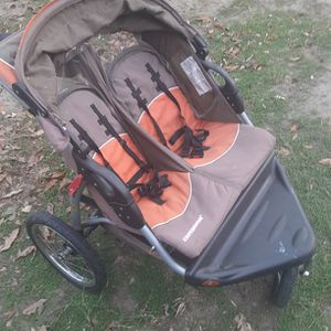 Double 2-seater Stroller By Expedition for Sale in Costa Mesa, CA