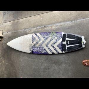 "Surfboard Okeefe 5'9"" for Sale in Laguna Niguel, CA"