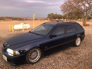 2000 bmw 528i touring edition M series for Sale in San Fernando, CA