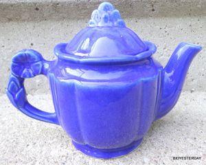 Art deco blue art pottery teapot with flower handle undamaged. NICE ! for Sale in Saginaw, MI