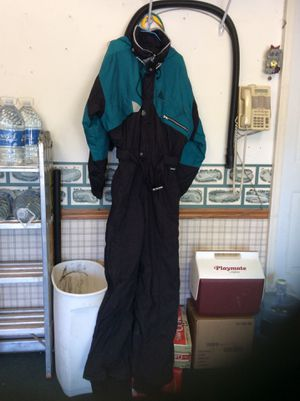 MEN's EX LARGE SNOWMOBILE SUIT & 2 pair of gloves for Sale in Homer Glen, IL