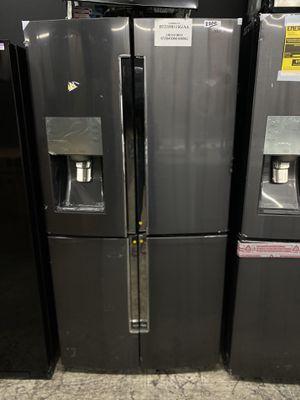 SAMSUNG 4 DOOR FRIDGE for Sale in Compton, CA