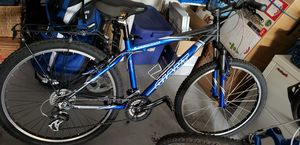 Med frame bike for sale. Excellent cond. for Sale in Tacoma, WA