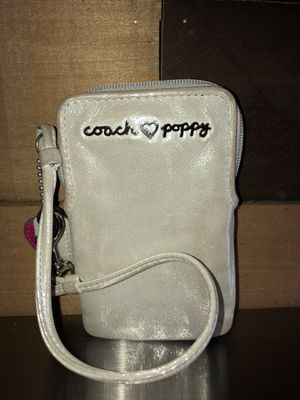 Small Coach Poppy wallet/clutch for Sale in Westminster, CO