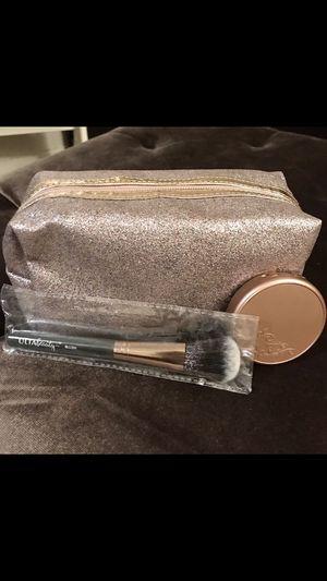 New makeup bag, tarte blush, & brush for Sale in Trenton, NJ