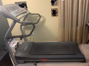 GREAT CONDITION TREADMILL for Sale in Germantown, MD