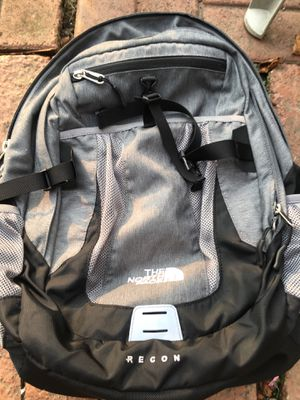 North face recon backpack for Sale in Pittsburgh, PA