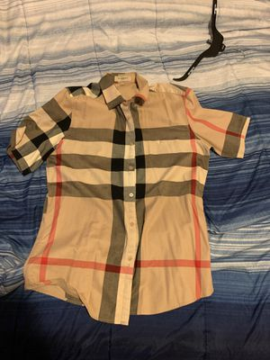 Burberry shirt for Sale in Redford Charter Township, MI