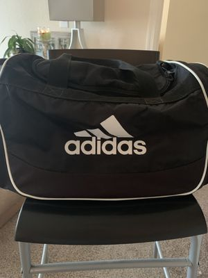 Weightlifting set/SHOE, BAG AND JUMP ROPE for Sale in Orlando, FL