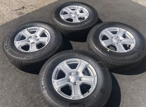 2020 JEEP WRANGLER WHEELS AND TIRES for Sale in Miami, FL