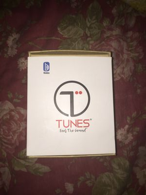 Wireless headphones for Sale in Roselle, IL