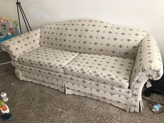 Couch with Pull out bed for Sale in Philadelphia,  PA