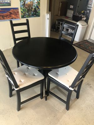 IKEA pedestal table and chairs for Sale in San Diego, CA