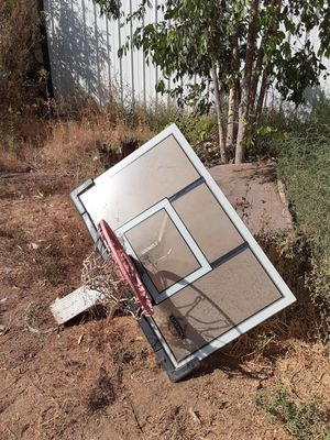Basketball hoop and back board for Sale in Norco, CA