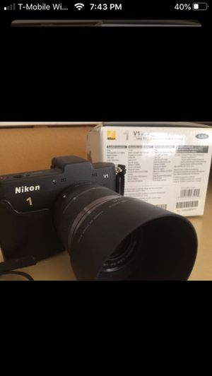 Nikon V-1 Camera and Lenses for Sale in Renton, WA