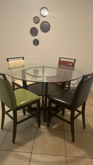 Table and chair set for Sale in Miami, FL