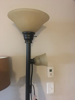 Large floor lamp 50 for Sale in New Albany, OH