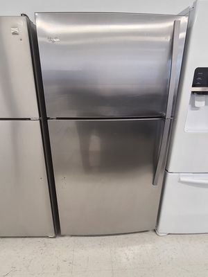 Whirlpool stainless steel top freezer refrigerator used good condition with 90day's warranty for Sale in Hyattsville, MD