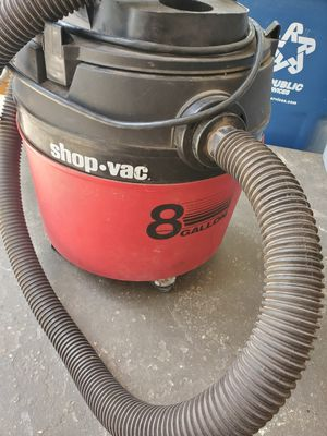 8 gallon shop vac for Sale in Gladewater, TX