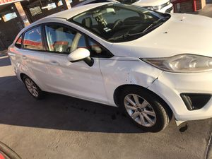 Ford Fiesta 2012 for Sale in Mercedes, TX