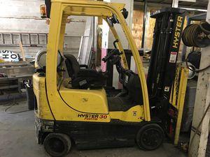 Hyster 30 Forklift for Sale in Las Vegas, NV
