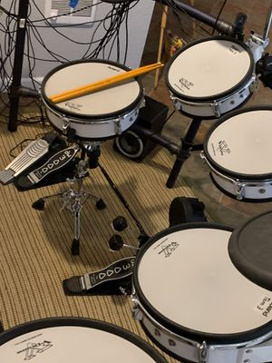 V Drums Td-10 EXPANDED KILLER SET!!! for Sale in Waterbury, CT