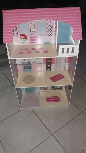2 in 1 Barbie house And Kitchen for Sale in Hemet, CA