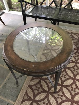Glass top end table for Sale in Lynchburg, VA