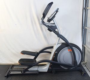 NordicTrack Elite 10.7 Elliptical Stride-Trainer Exercise Workout Machine Fitness Cardio for Sale in San Dimas, CA