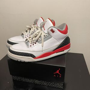 Fire Red 3s Size 11 for Sale in Silver Spring, MD