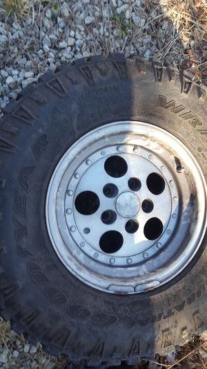 JEEP WHEELS for Sale in Valley View, OH
