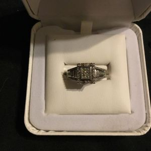 White gold with half carat of diamonds size 7 engagement ring/promise ring for Sale in Phoenix, AZ
