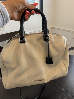 MICHAEL KORS- large purse for Sale in Soquel, CA