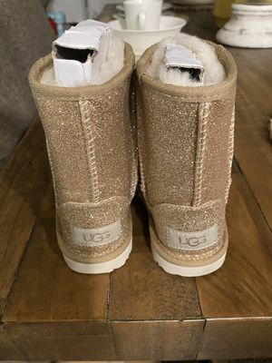 Brand new Ugg's for Sale in Mesa, AZ