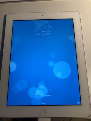 iPad 3rd Generation, 32 gb for Sale in Zephyrhills, FL